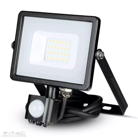 20W Mozgásérzékelős LED reflektor fekete IP65 3000K - PRO451